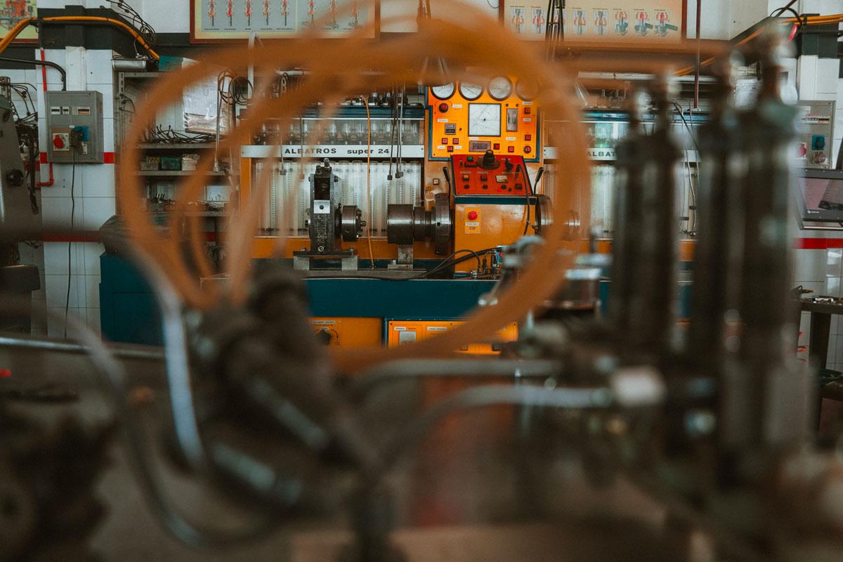 macchinario per riparazione macchina